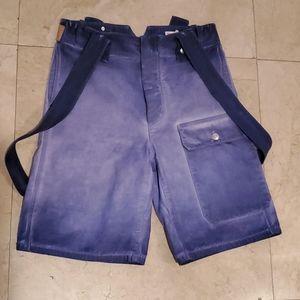 Shorts designer